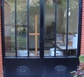 Dubbele deur in staal
